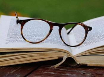The application field of reading glasses!